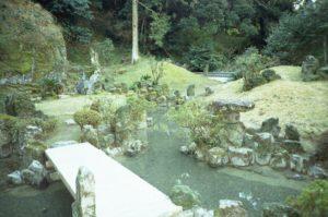 妙国寺庭園(国指定文化財)